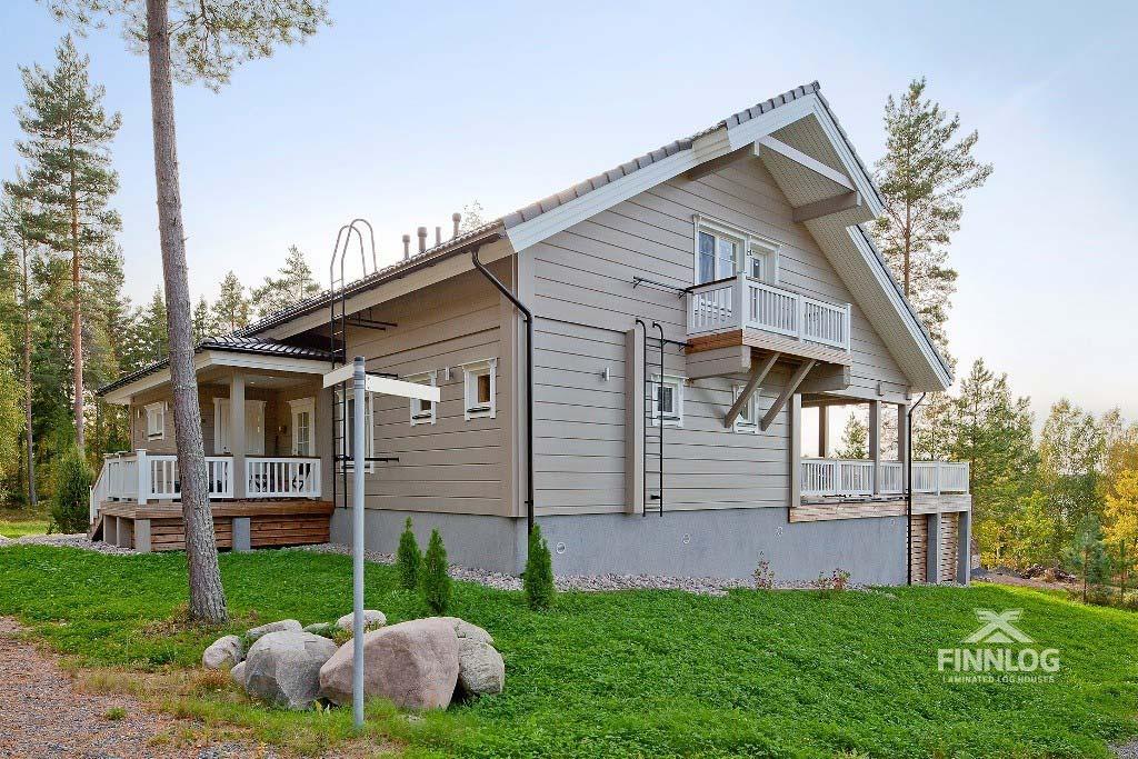Lyra Blockhaus - Aussenbereich mit Garten